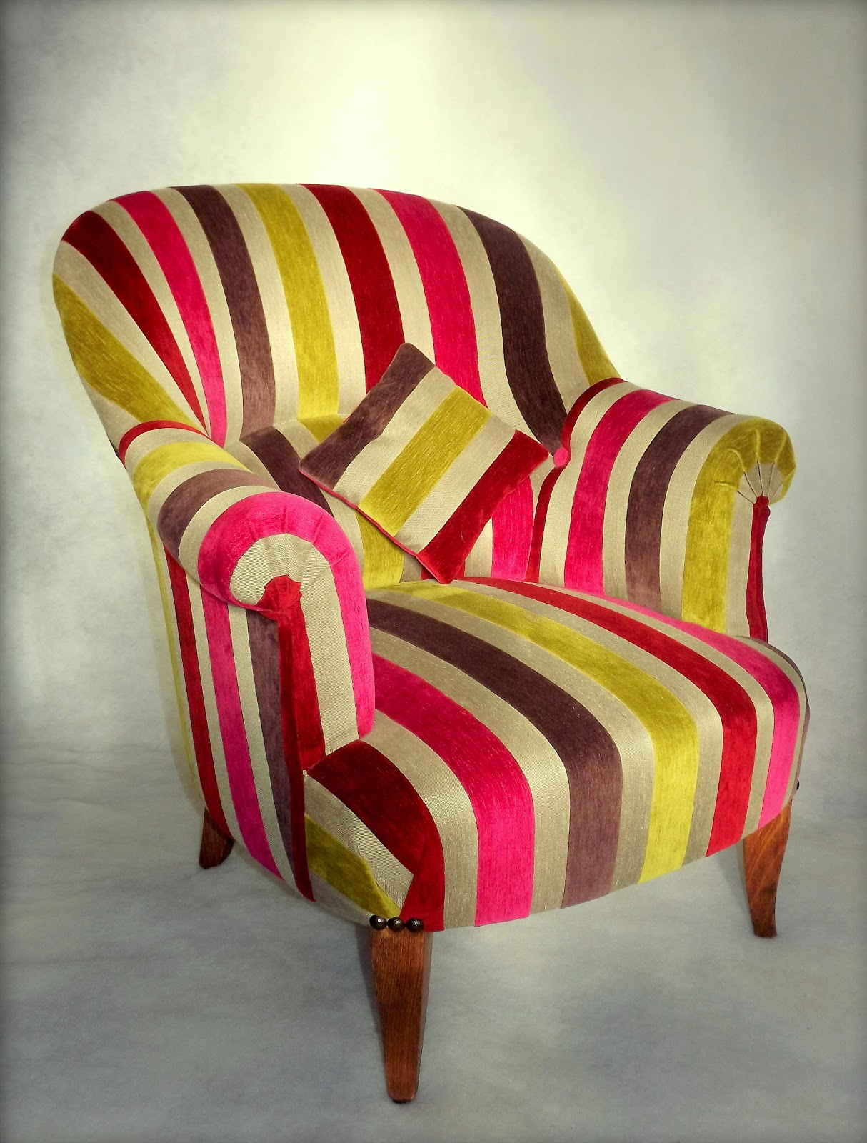 Fauteuil crapaud 1